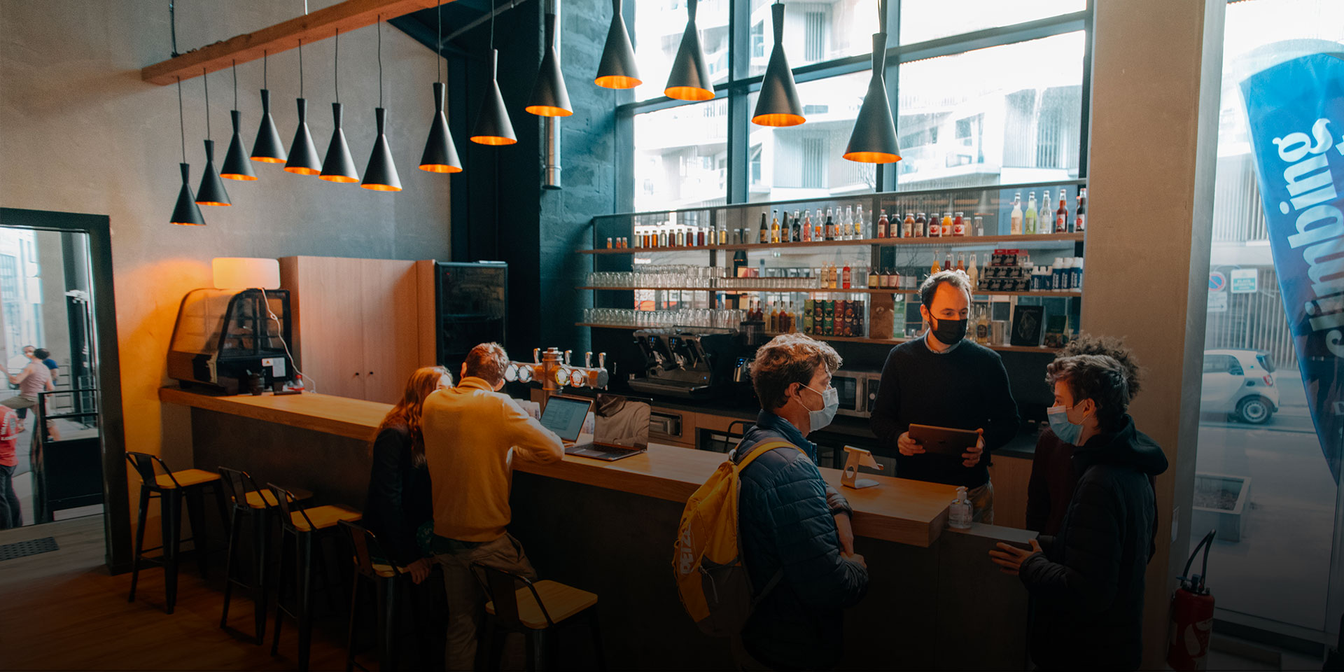 Bar dans quartier des Batignolles - Lieu fun à Paris 17