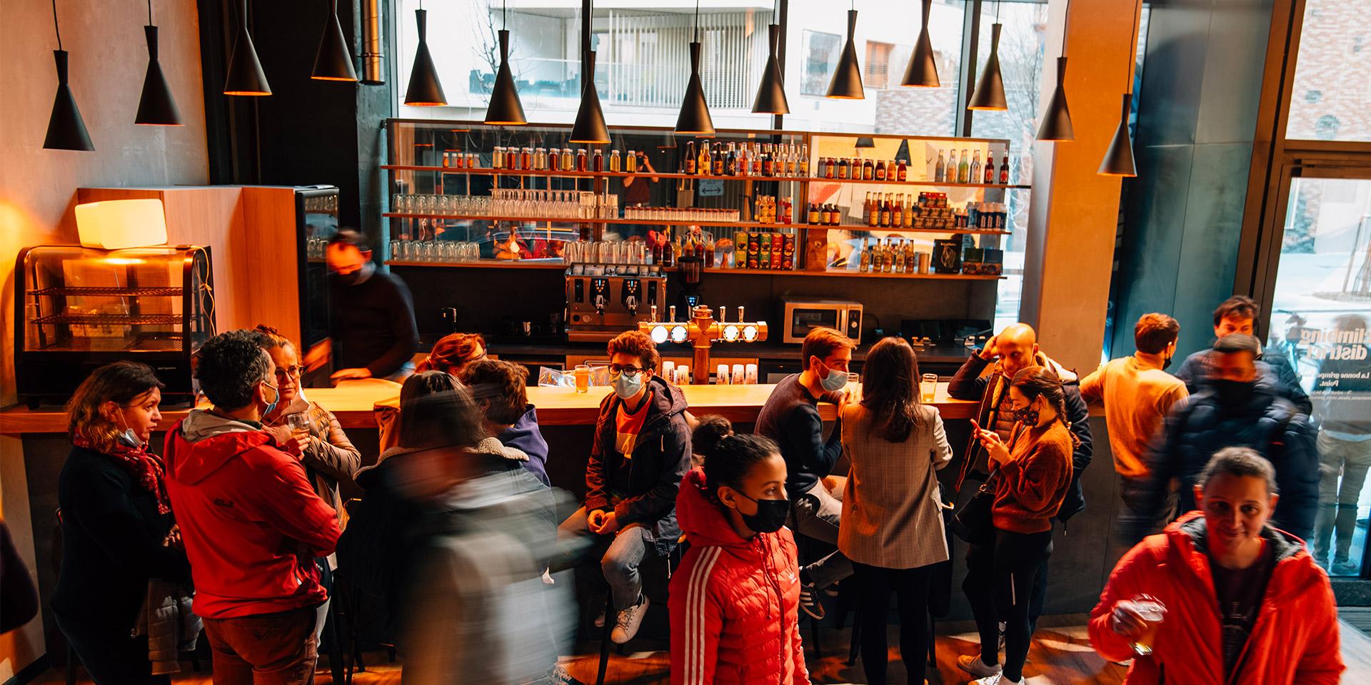 Le bar Climbing District - 69, rue Rostropovitch à Paris (Batignolles)